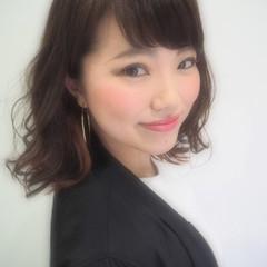 大人かわいい フェミニン ミディアム 春 ヘアスタイルや髪型の写真・画像