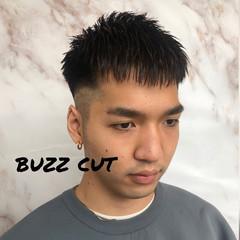 フェードカット ツーブロック メンズヘア ショート ヘアスタイルや髪型の写真・画像