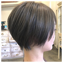 ショートヘア フェミニン ハンサムショート ショート ヘアスタイルや髪型の写真・画像