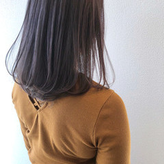 ミディアム エレガント ロブ ラベンダーグレージュ ヘアスタイルや髪型の写真・画像