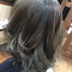 グレージュ ハイライト アッシュ ボブ ヘアスタイルや髪型の写真・画像
