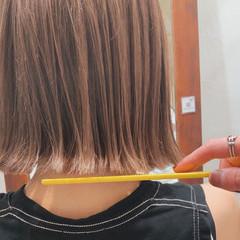 ガーリー ベージュ 切りっぱなし アッシュベージュ ヘアスタイルや髪型の写真・画像