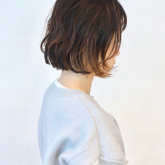 ナチュラル グレージュ 無造作パーマ インナーカラー ヘアスタイルや髪型の写真・画像