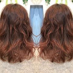 波ウェーブ ナチュラル ウェーブ ミディアム ヘアスタイルや髪型の写真・画像