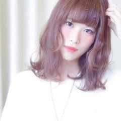 セミロング 前髪あり ゆるふわ 大人かわいい ヘアスタイルや髪型の写真・画像