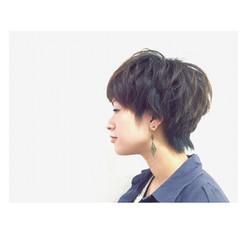 かっこいい 黒髪 くせ毛風 暗髪 ヘアスタイルや髪型の写真・画像
