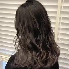 ブリーチ グラデーションカラー ハイライト ミディアム ヘアスタイルや髪型の写真・画像