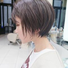 ショートボブ ナチュラル ショート ハイライト ヘアスタイルや髪型の写真・画像