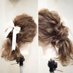セミロング ヘアアレンジ 大人かわいい 簡単ヘアアレンジ ヘアスタイルや髪型の写真・画像