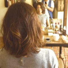 秋 大人かわいい ナチュラル ミディアム ヘアスタイルや髪型の写真・画像
