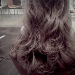 冬 ゆるふわ グラデーションカラー コンサバ ヘアスタイルや髪型の写真・画像