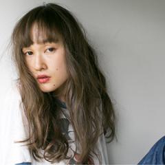 ロング 暗髪 ワイドバング ピュア ヘアスタイルや髪型の写真・画像