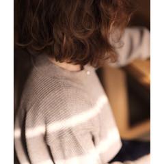デート 簡単 フェミニン パーマ ヘアスタイルや髪型の写真・画像