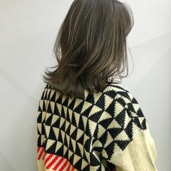 3Dハイライト うぶ毛ハイライト 大人ハイライト セミロング ヘアスタイルや髪型の写真・画像