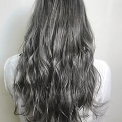 セミロング エレガント ダブルカラー 上品 ヘアスタイルや髪型の写真・画像