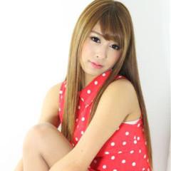 渋谷系 丸顔 グラデーションカラー ロング ヘアスタイルや髪型の写真・画像