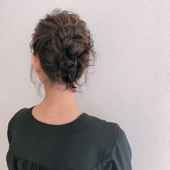 お団子 ヘアアレンジ セミロング ナチュラル ヘアスタイルや髪型の写真・画像