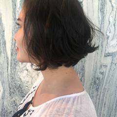 パーマ 無造作パーマ ナチュラル ゆるふわパーマ ヘアスタイルや髪型の写真・画像