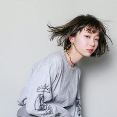 色気 インナーカラー モード アッシュ ヘアスタイルや髪型の写真・画像