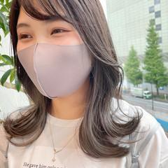 韓国風ヘアー 切りっぱなしボブ イヤリングカラー ガーリー ヘアスタイルや髪型の写真・画像