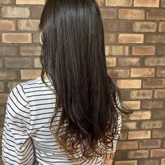 ナチュラル インナーカラー イルミナカラー 透明感 ヘアスタイルや髪型の写真・画像