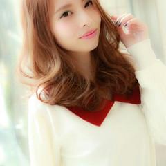 セミロング 小顔 前髪あり 大人女子 ヘアスタイルや髪型の写真・画像