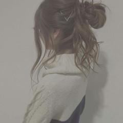 ゆるふわ お団子 ロング 無造作 ヘアスタイルや髪型の写真・画像