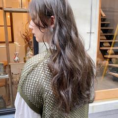 透明感カラー ナチュラル お洒落 くすみカラー ヘアスタイルや髪型の写真・画像