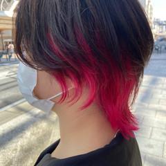 ミディアム ブリーチ マッシュウルフ インナーカラー ヘアスタイルや髪型の写真・画像