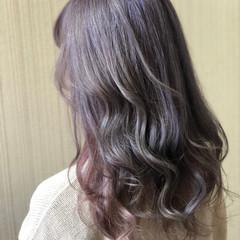 ラベンダーアッシュ ラベンダーグレー ベリーピンク ロング ヘアスタイルや髪型の写真・画像