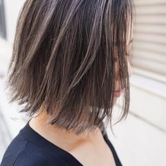外ハネボブ ボブ 外国人風カラー グレージュ ヘアスタイルや髪型の写真・画像