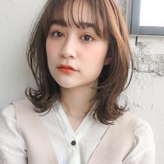デジタルパーマ ミディアム ショートヘア レイヤーカット ヘアスタイルや髪型の写真・画像