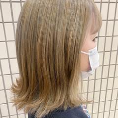 アッシュ ブリーチカラー インナーカラー ブリーチ ヘアスタイルや髪型の写真・画像