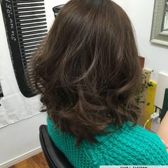 ゆるふわ 黒髪 ミディアム 暗髪 ヘアスタイルや髪型の写真・画像