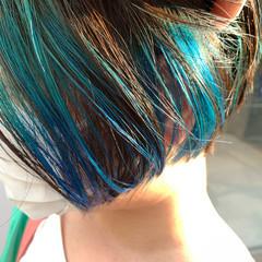 ナチュラル ネイビーブルー インナーカラー インナーブルー ヘアスタイルや髪型の写真・画像