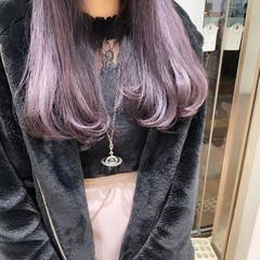 ロング ブリーチカラー ガーリー 透け感ヘア ヘアスタイルや髪型の写真・画像