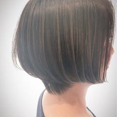 ショートボブ 大人かわいい ストレート ナチュラル ヘアスタイルや髪型の写真・画像