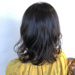 ゆるふわパーマ ツヤ髪 パーマ デート ヘアスタイルや髪型の写真・画像
