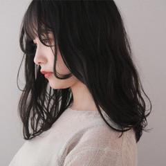 ナチュラル 黒髪 セミロング ゆるふわパーマ ヘアスタイルや髪型の写真・画像