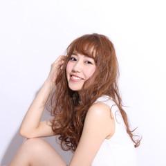 外国人風 ロング ストリート 大人かわいい ヘアスタイルや髪型の写真・画像