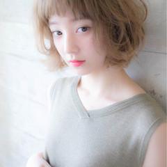 パーマ 外国人風 ナチュラル アッシュ ヘアスタイルや髪型の写真・画像