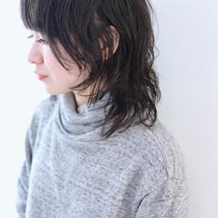 ウルフパーマヘア マッシュウルフ ミディアム アンニュイほつれヘア ヘアスタイルや髪型の写真・画像