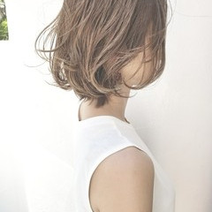 オフィス アンニュイ デート ウェーブ ヘアスタイルや髪型の写真・画像