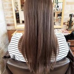 エレガント ブラウン ストレート グレージュ ヘアスタイルや髪型の写真・画像