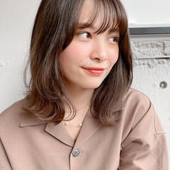 レイヤーカット ナチュラル デジタルパーマ 小顔 ヘアスタイルや髪型の写真・画像