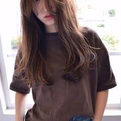 チークライン ストリート 外国人風 くせ毛風 ヘアスタイルや髪型の写真・画像