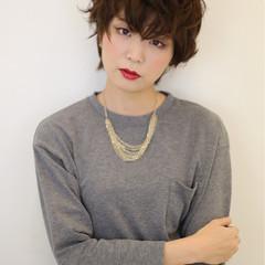 ガーリー 個性的 ショート レイヤーカット ヘアスタイルや髪型の写真・画像