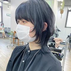 モード ミディアム ショートヘア インナーカラー ヘアスタイルや髪型の写真・画像