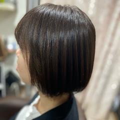 切りっぱなしボブ ベリーショート コンサバ ボブ ヘアスタイルや髪型の写真・画像