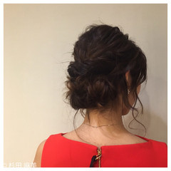 フォーマル セミロング シニヨン ヘアアレンジ ヘアスタイルや髪型の写真・画像